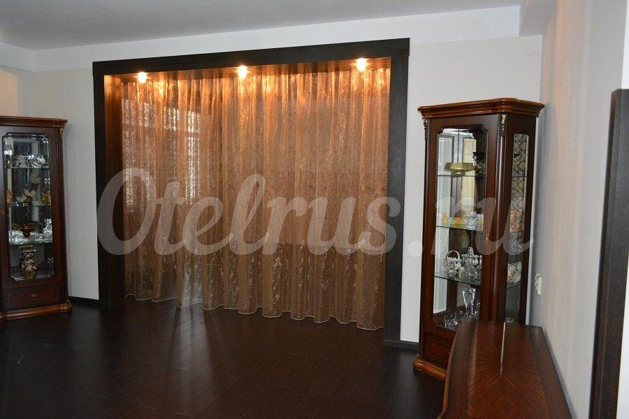 http://www.otelrus.ru/assets/images/hotels/kramskogo-13/flat/13.JPG