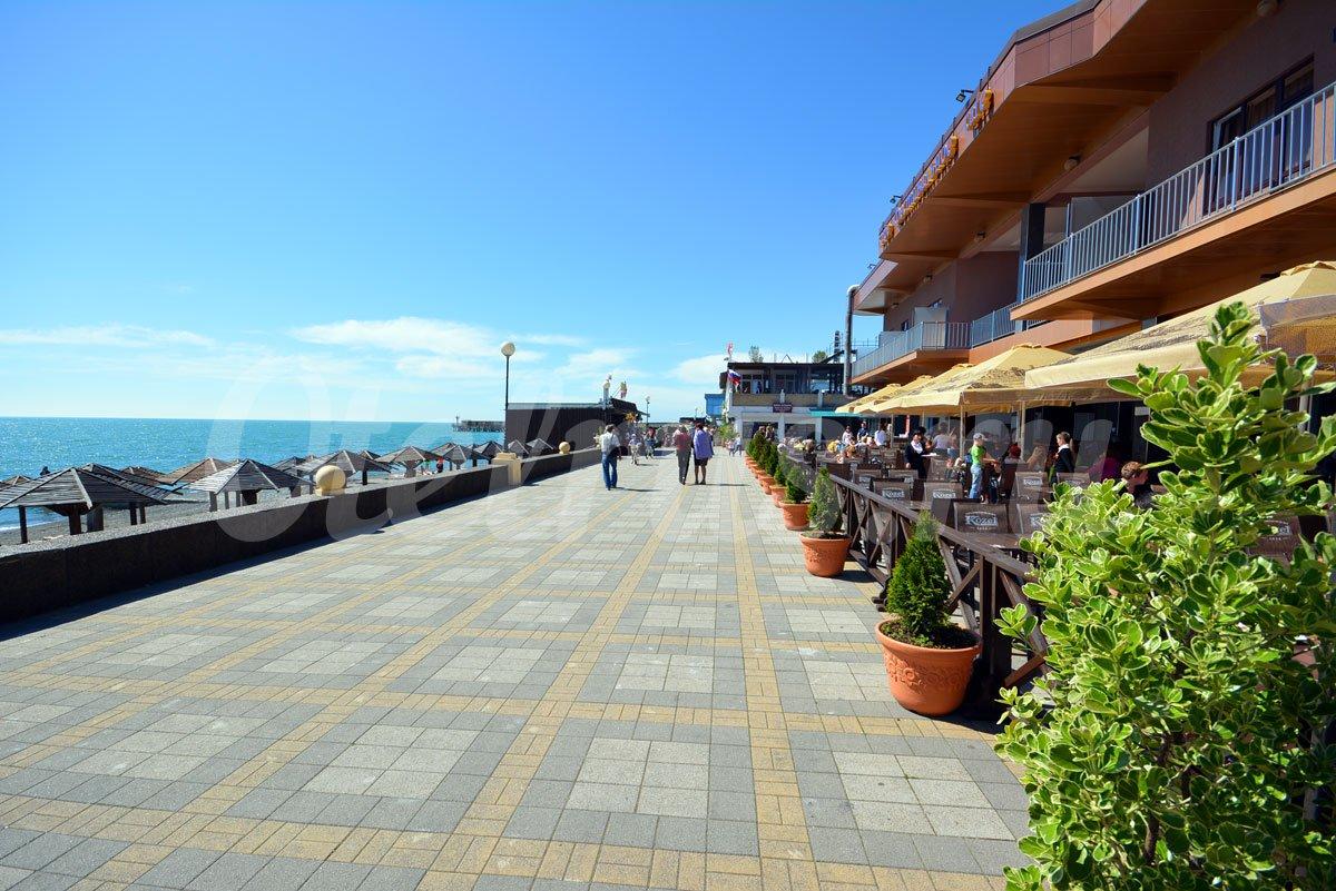 Набережная и пляжи адлера 2018 фото